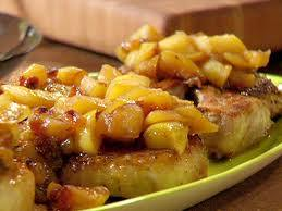boneless pork chops with cinnamon apples